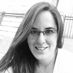 Cristina López G. es Licenciada en Derecho con maestría en políticas públicas. Salvadoreña viviendo en Washington DC.