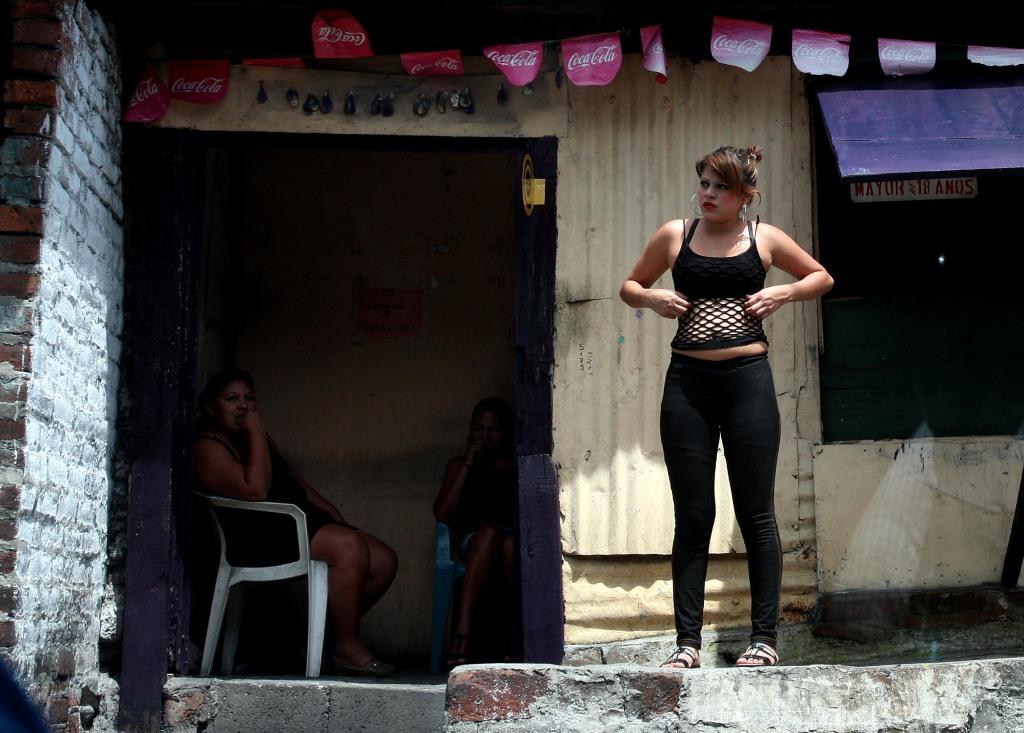 prostitutas junquera prostitutas en san roque
