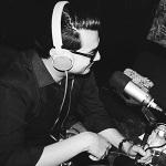 Gerson Vichez es un comunicador y consumidor de muchas series de televisión. Conduce y produce el programa radiofónico El Espacio y escribe reseñas musicales para Factum. Encuéntralo en Twitter.