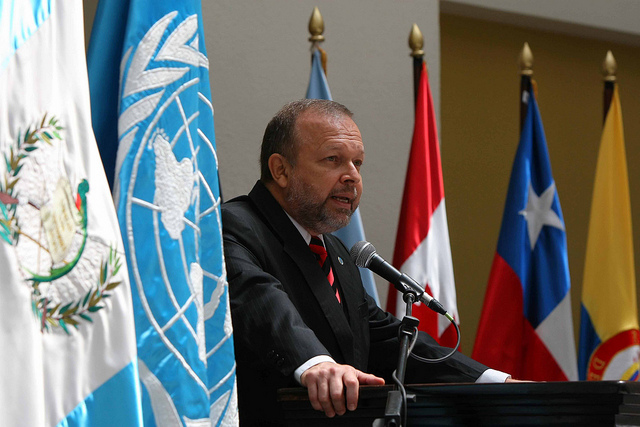 Foto de Francisco D'Allanesse, segundo comisionado de CICIG. Foto tomada de Flickr/Commons.