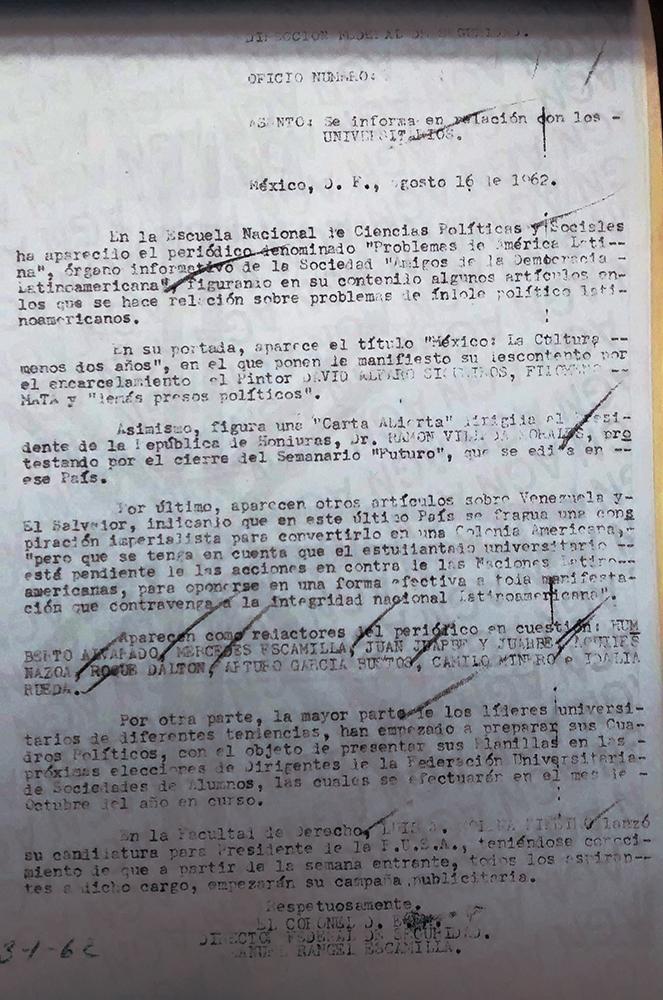Oficio de la investigación mexicana que en 1961 se realizaba al entonces asilado Roque Dalton y sus allegados.