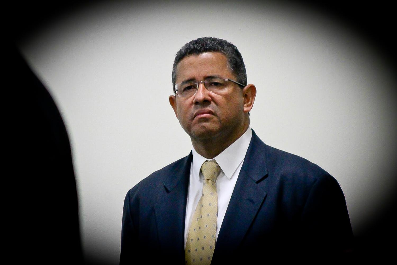 Imagen de Francisco Flores cuando enfrentaba la audiencia inicial del proceso judicial en su contra. Foto de Frederick Meza.