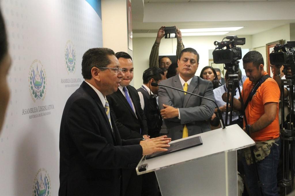 La primera conferencia del nuevo fiscal general.