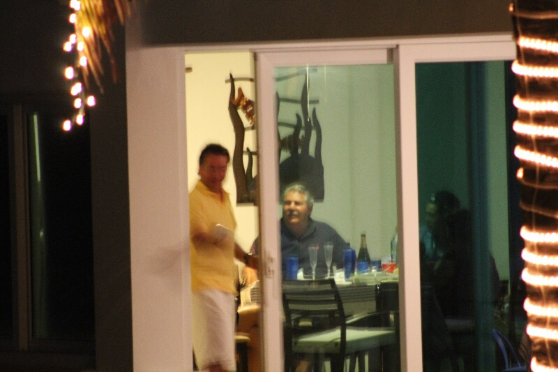 Luis Martínez y Enrique Rais festejaron juntos la noche del pasado 31 de diciembre.