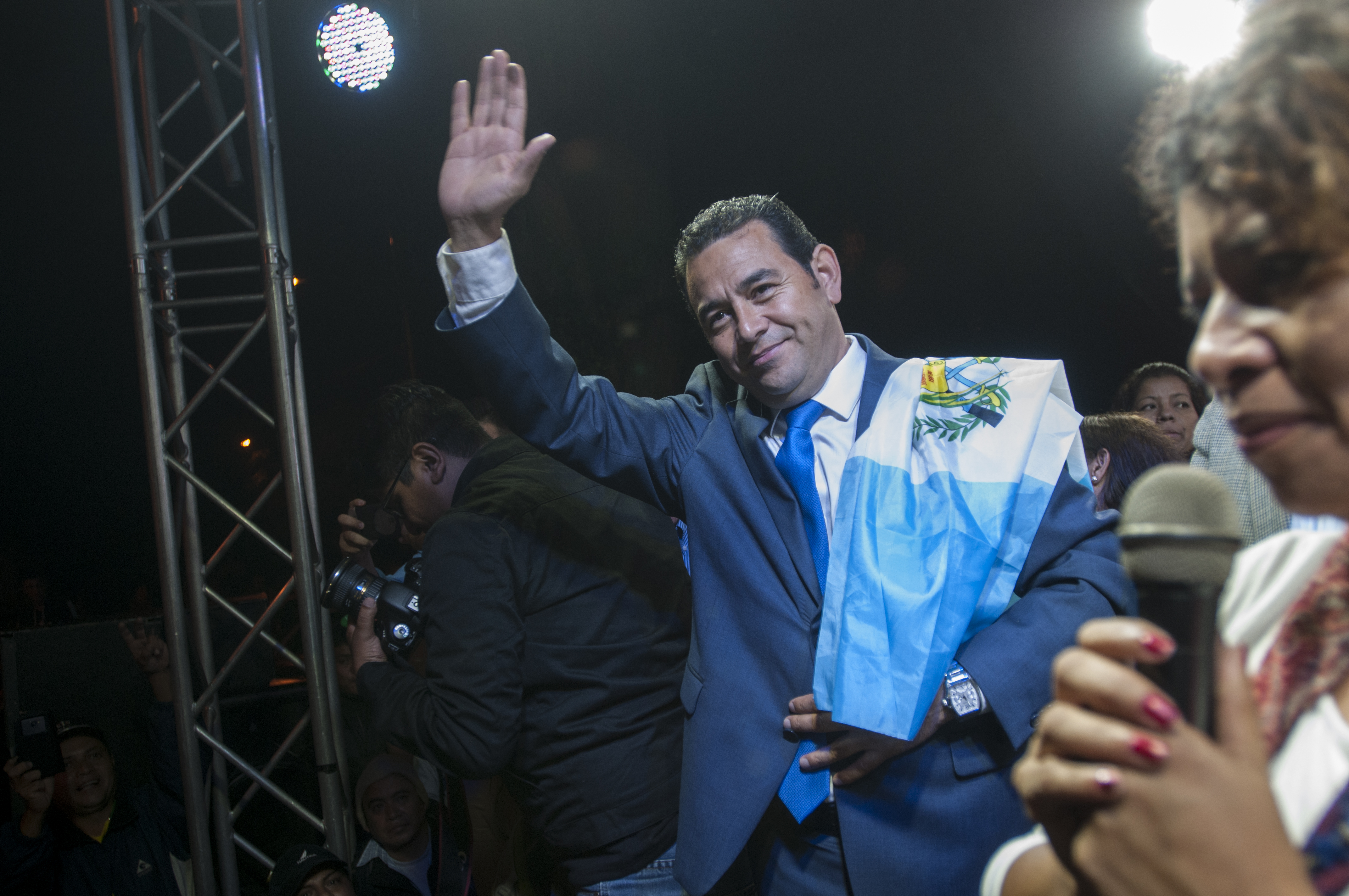 Jimmy Morales, un actor político en busca de guion