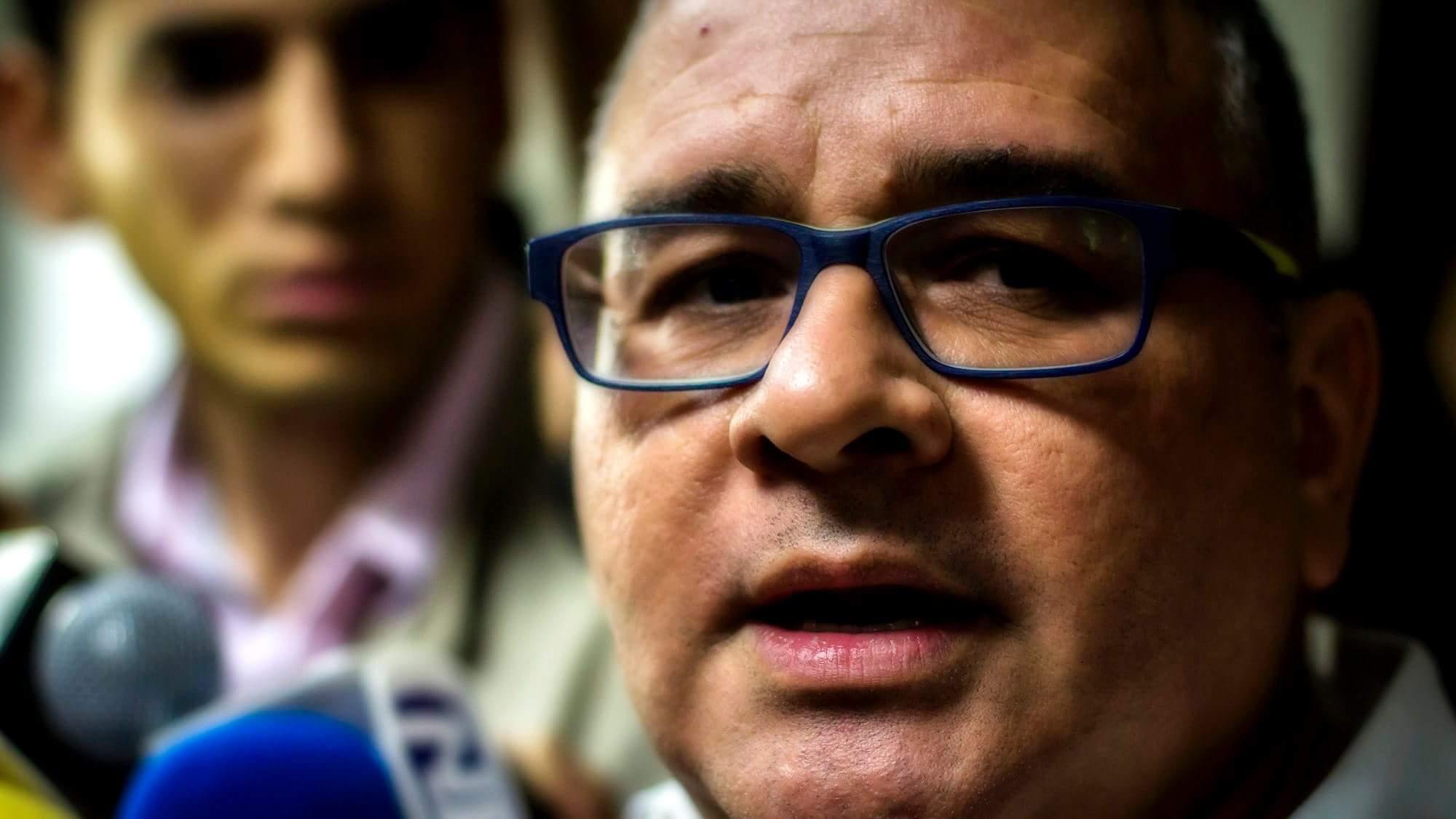 Fiscalía congela bienes a empresa relacionada con Funes en investigación por lavado