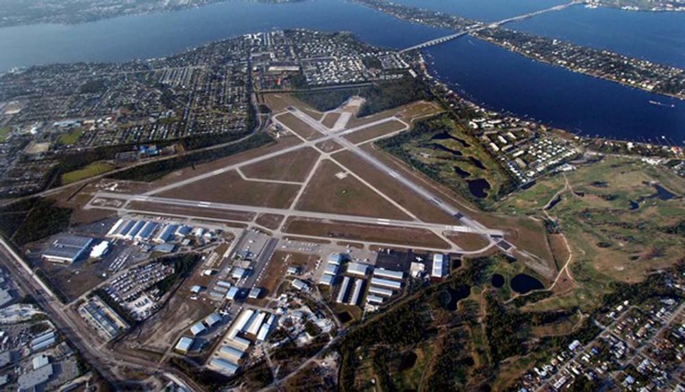 Condado de Florida pide incautar aviones de Enrique Rais tras detectar rastros de narcóticos