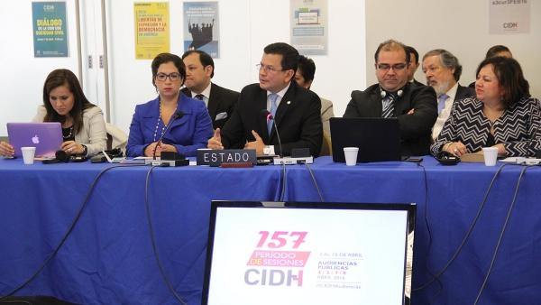 Funcionarios OEA advierten a El Salvador por abusos del Ejército