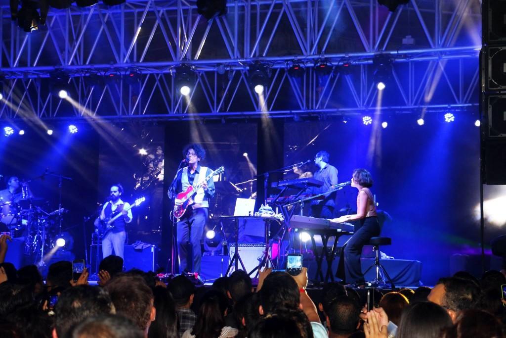 Natalia Lafourcade y su banda ofrecieron un concierto en El Salvador el pasado sábado 2 de Junio. Foto cortesía de Félix Meléndez.