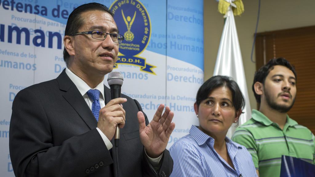 David Ernesto Morales Cruz, Procurador de los Derechos Humanos en El Salvador, hasta el 8 de Agosto de 2016. Foto FACTUM/Salvador MELENDEZ