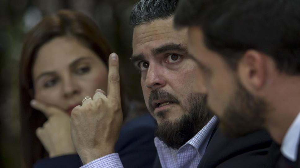 Periodista denuncia acoso tras demanda de empresario Enrique Rais
