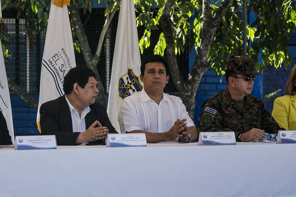 FMLN ofreció a las pandillas un programa de créditos de 10 millones de dólares