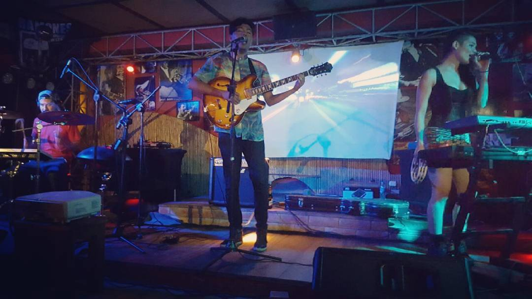 Imagen de Manyula Dance Club en vivo. Foto/Gerson Vichez.