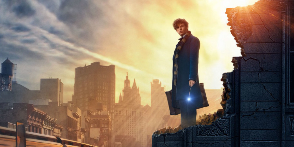 """El actor Eddie Redmayne en el papel de Newt Scamander en la película """"Animales Fantásticos y dónde encontrarlos""""."""