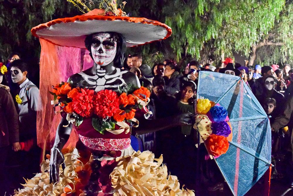 Cumbre de Catrinas: la muerte como un festejo