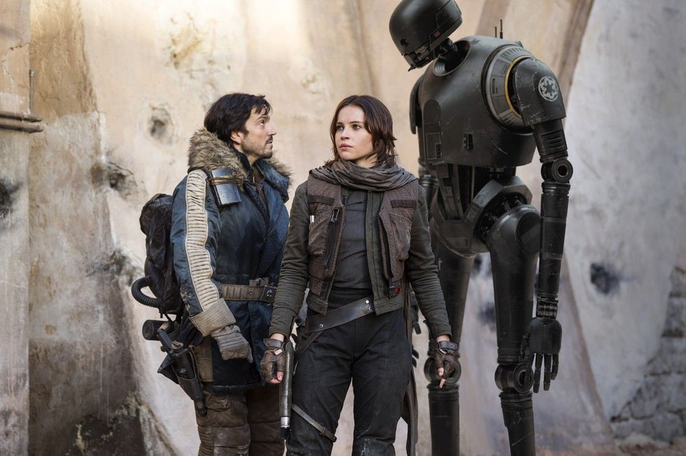 "Cassian Andor, Jyn Erso y K-2SO asumen el protagonismo de ""Rogue One""."