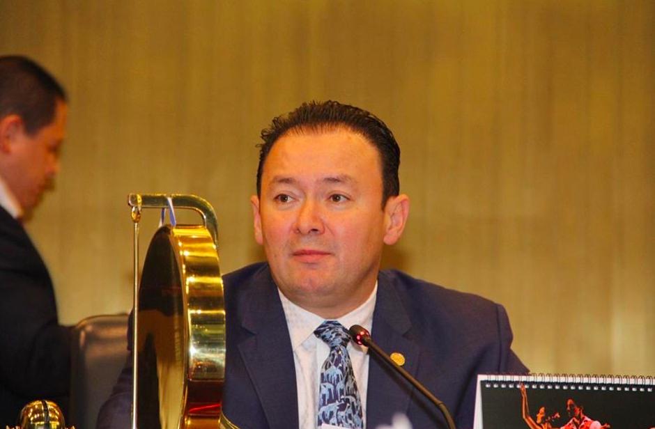 «En un país de verdad ya tendríamos la renuncia de Gallegos»