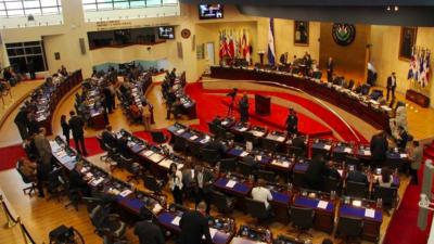 Los diputados suavizan una ley contra corruptos y crimen organizado