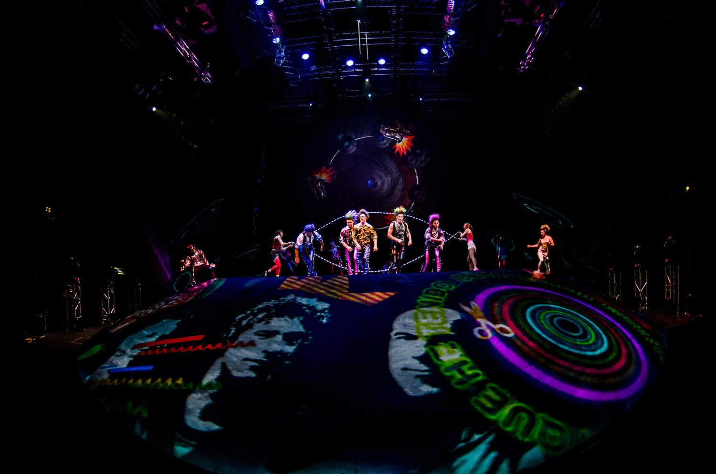 Picnic en el Cuarto-B. Foto de Nancy Martínez. Prensa Soda Stereo SEP7IMO DIA by Cirque du Soleil.