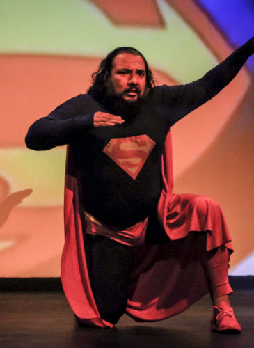 El Salvador Teatro Superman