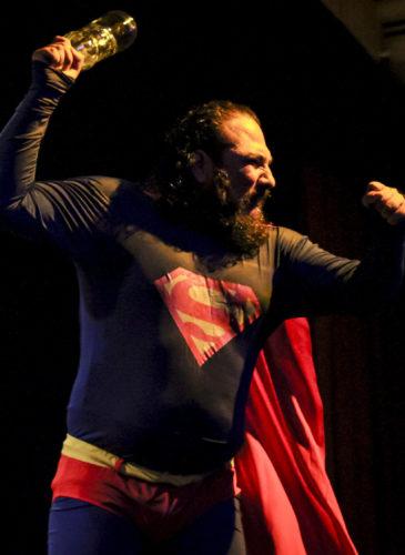 El Salvador Teatro Superman