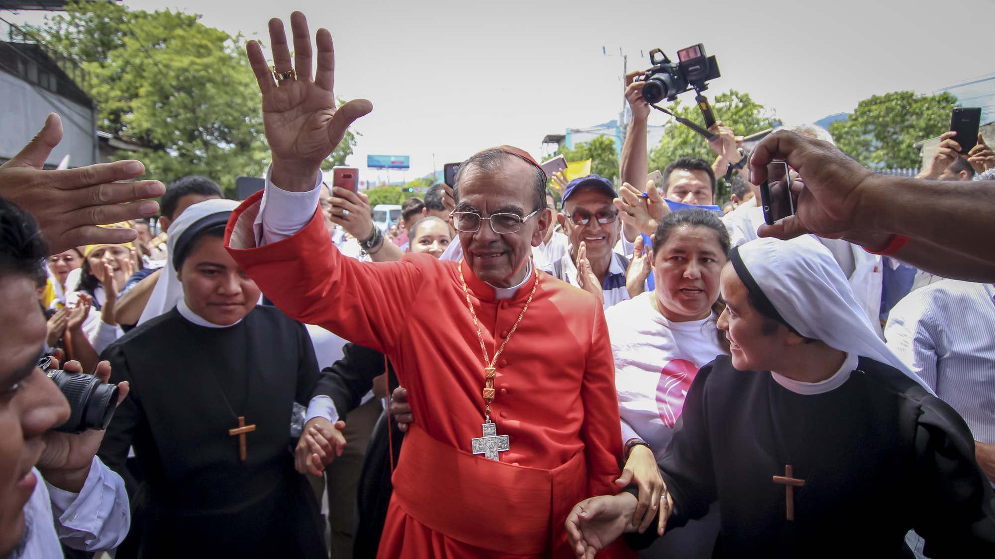 """""""Reescribir la historia de El Salvador es el deseo del Papa Francisco"""""""