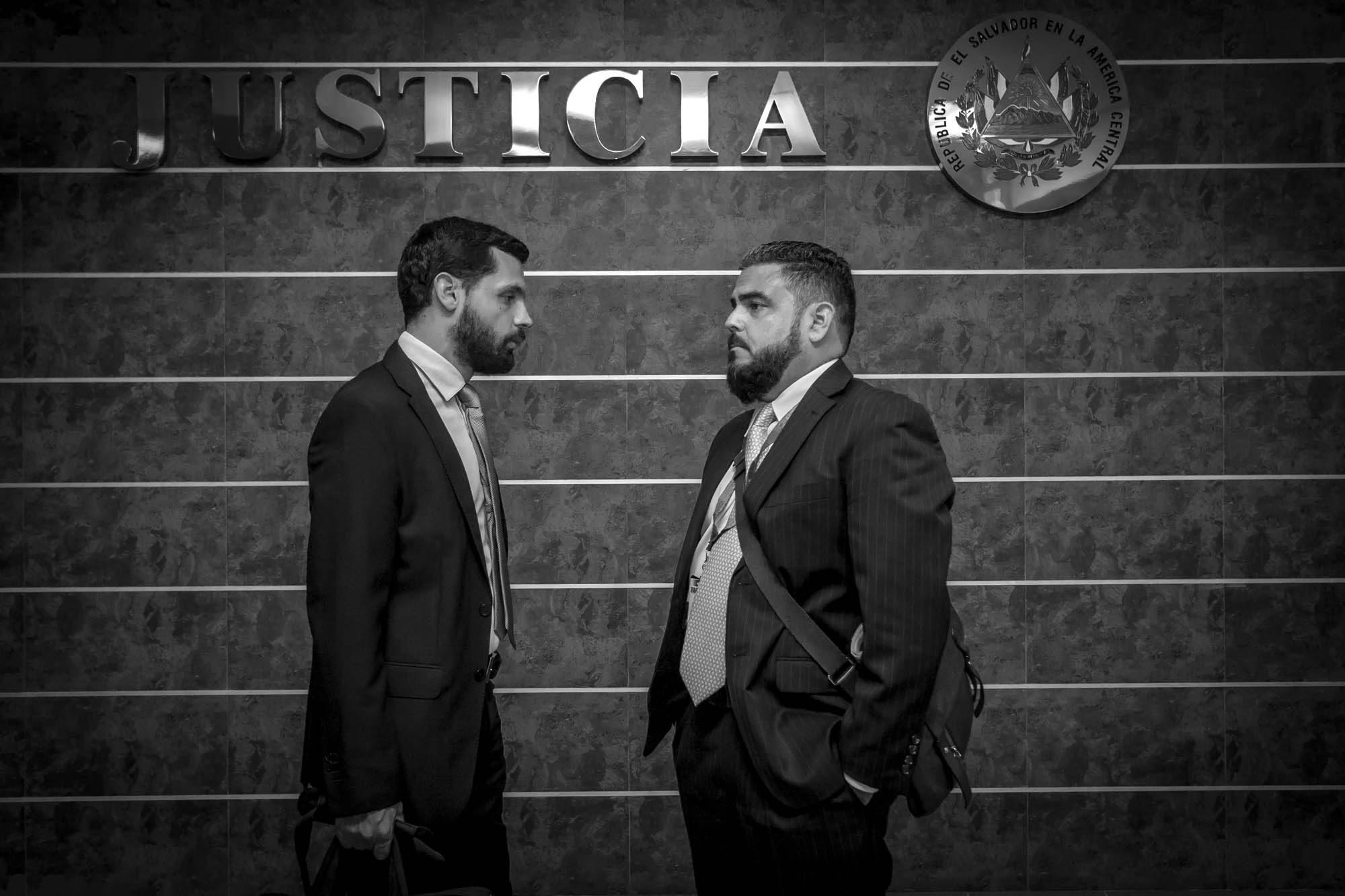Juez libra de acusaciones a periodista Héctor Silva