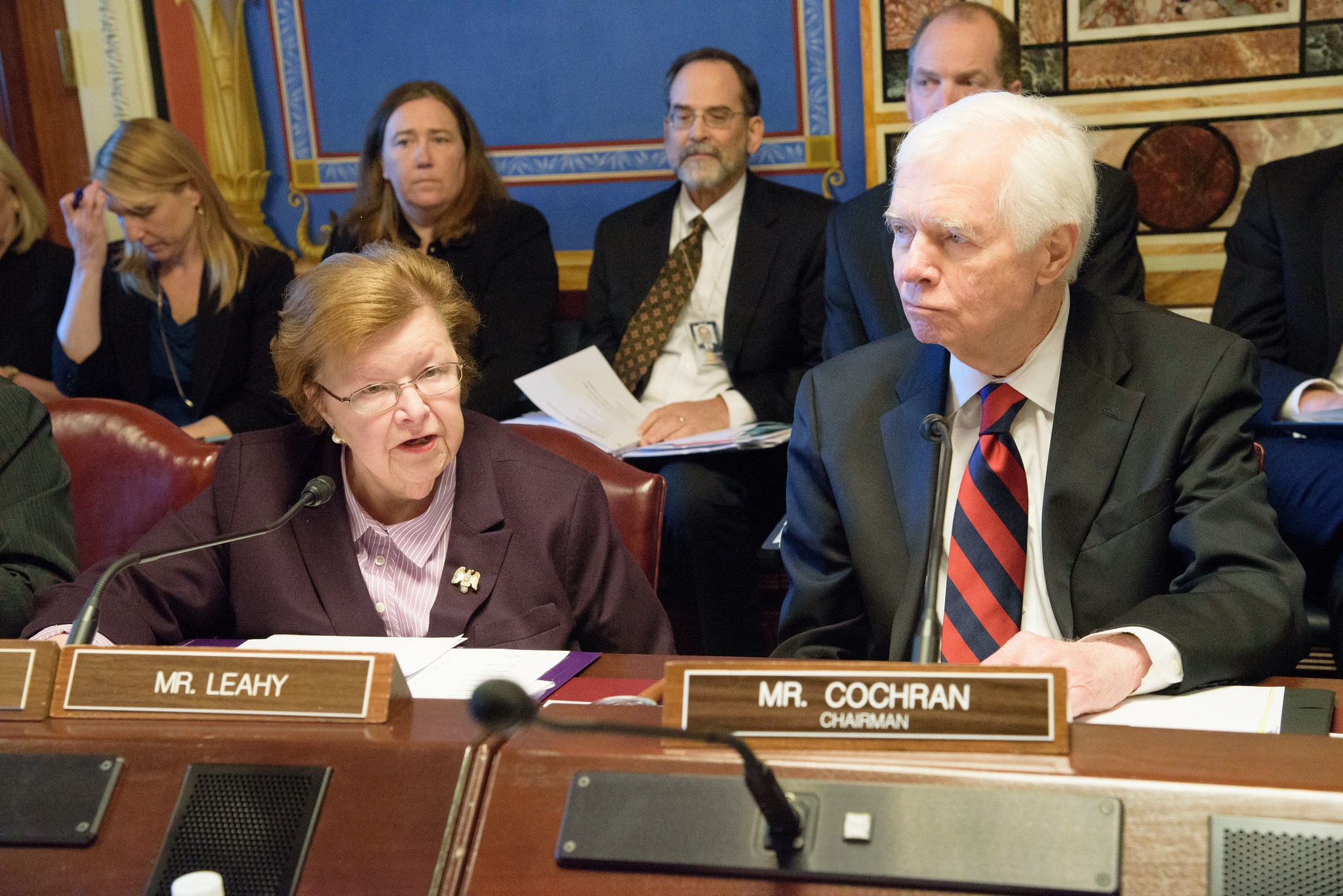 Senado de EUA pide limitar préstamos a Guatemala y Honduras si no apoyan comisiones anticorrupción