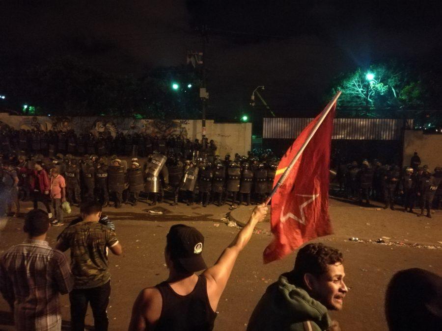 Honduras está al borde de romperse otra vez
