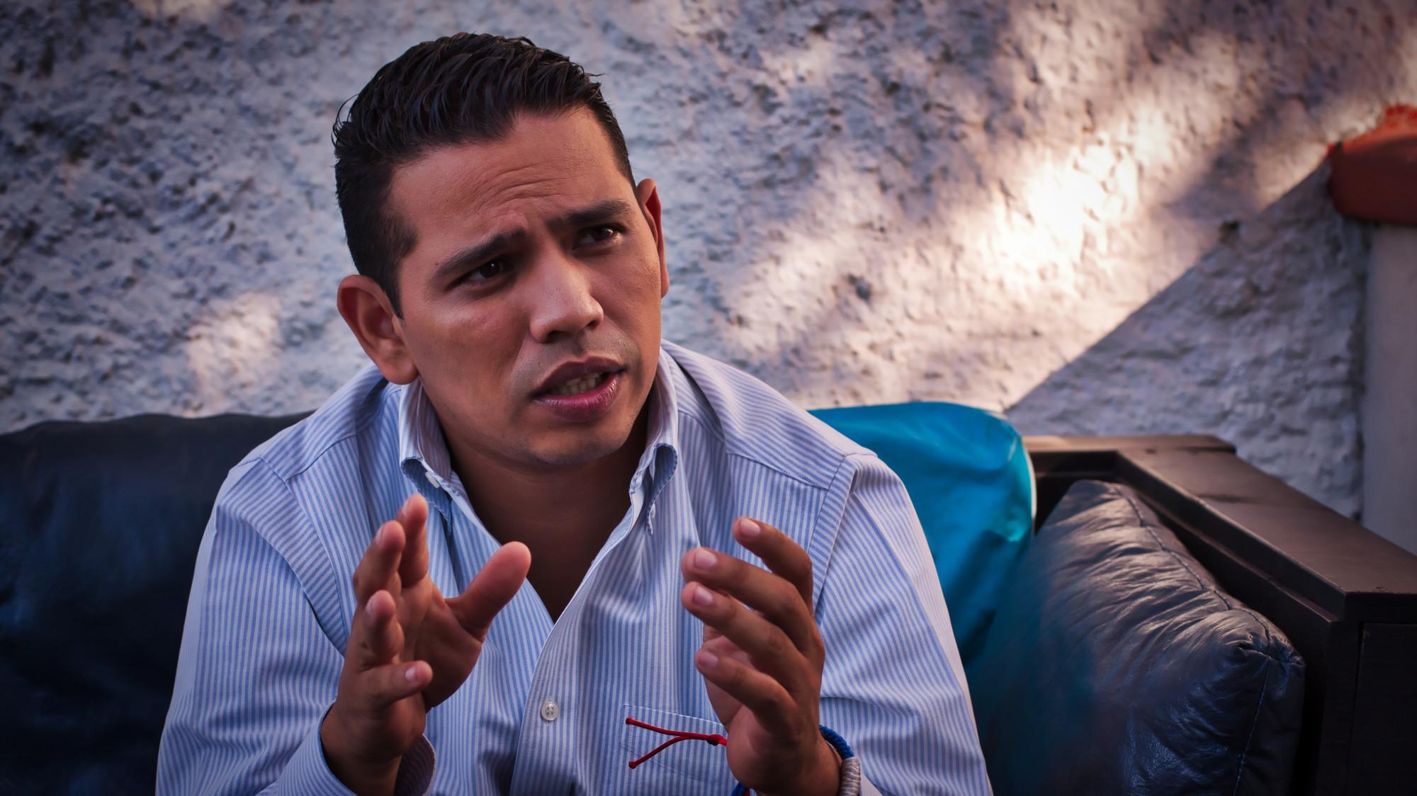 """Guillermo Portillo: """"Ya tenemos cómo sobrepasar el Estado laico para la lectura de la biblia"""""""