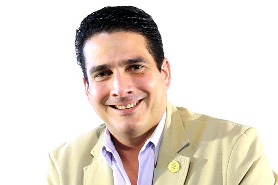 Roberto d´Aubuisson: «Convertir a Santa Tecla en una ciudad de primer mundo no se hace en tres años»