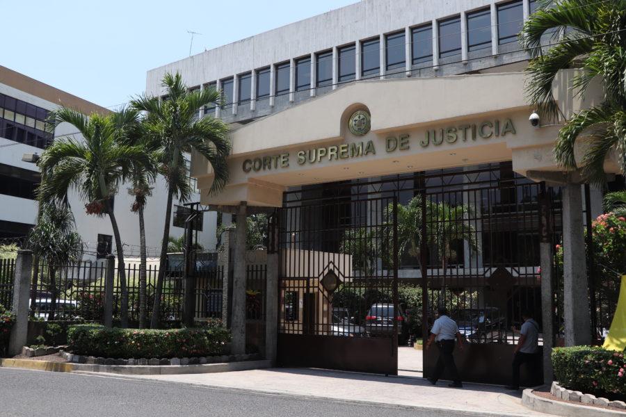Expertos internacionales critican proceso de selección de candidatos a magistrados