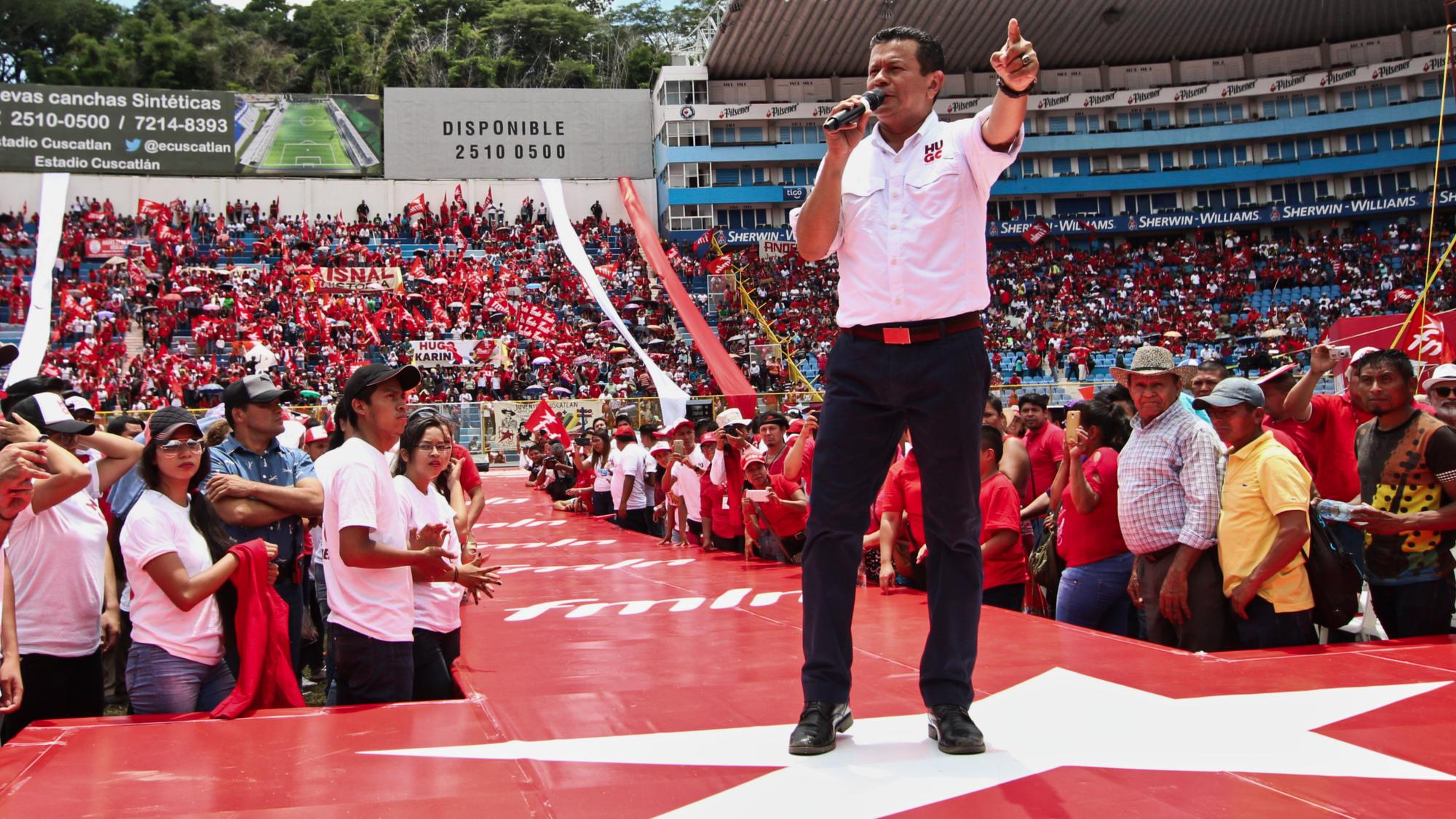 Hugo Martínez repite la promesa incumplida del empleo a los jóvenes