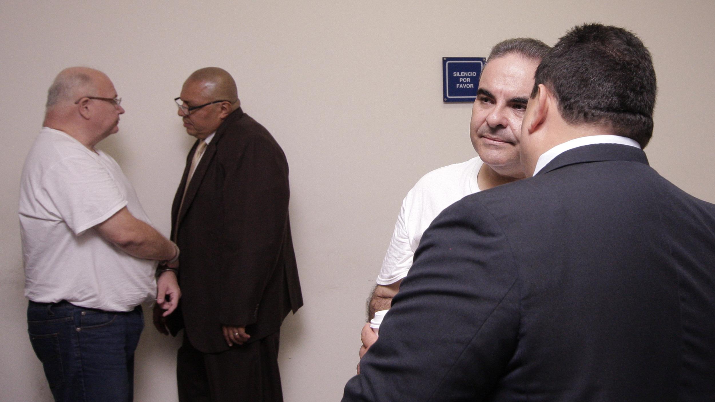 Fiscalía acusa a excontralor de encubrir la corrupción de Saca