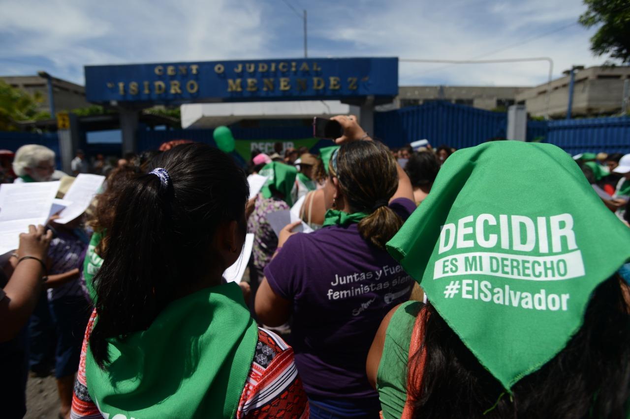 Caravana «Decidir es mi Derecho»: sondeo de posturas