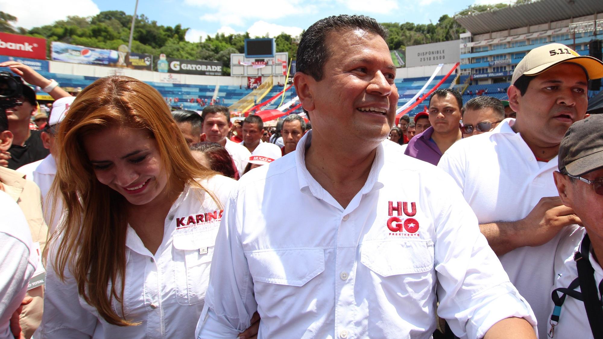 La lejanía de Hugo Martínez con el FMLN… y con el poder