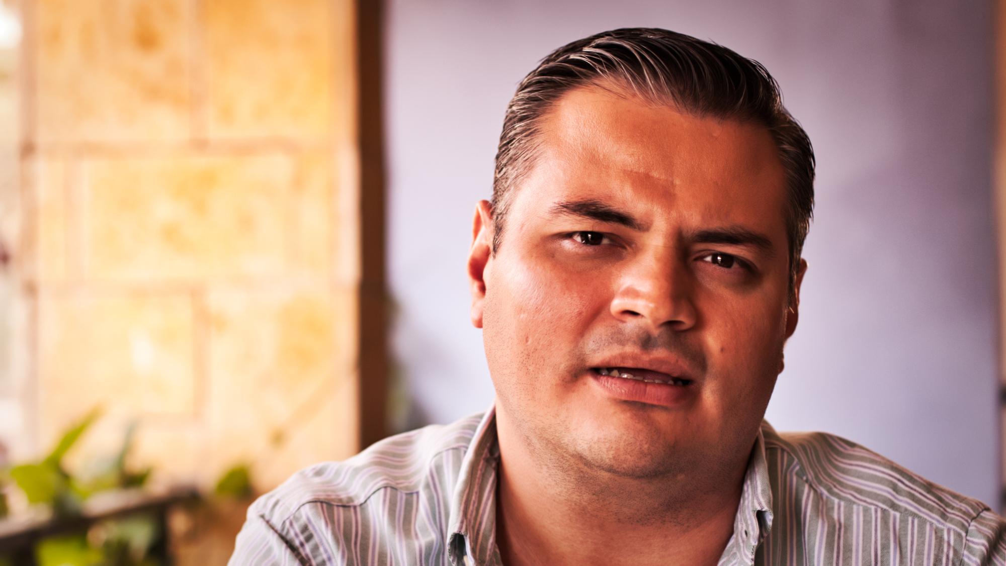 """""""Óscar y Hugo podrían tener participación, pero este esfuerzo en el FMLN debería estar liderado por más jóvenes"""""""