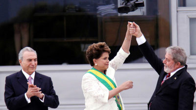 «Al filo de la democracia»: ascenso y caída de la fe brasileña
