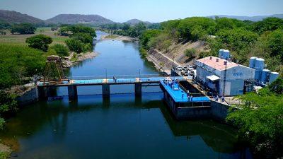 ¿Qué provocó la contaminación del agua en San Salvador?