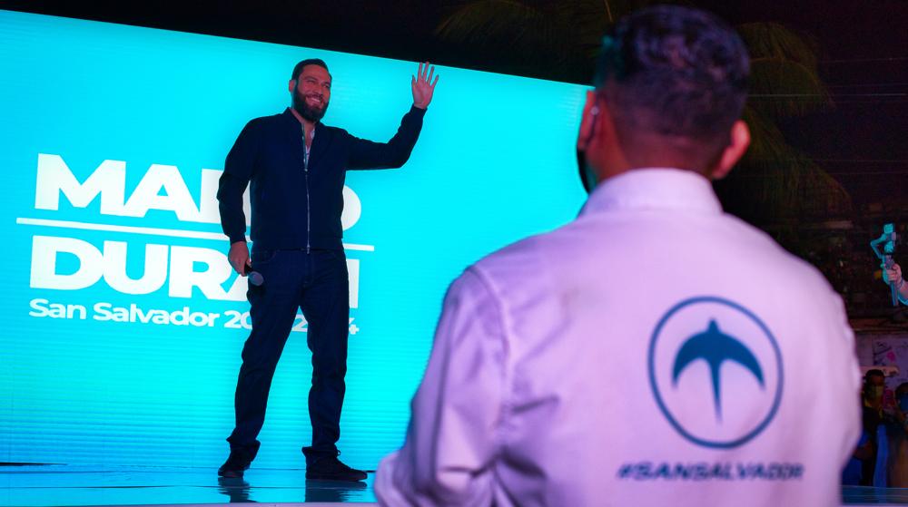 Mario Durán arranca su campaña copiando a Nayib Bukele